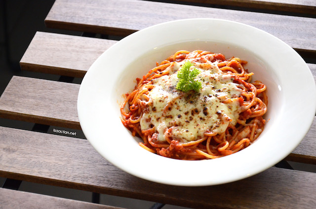 Cheese Chicken Baked Bolognese Spaghetti - RM12.90