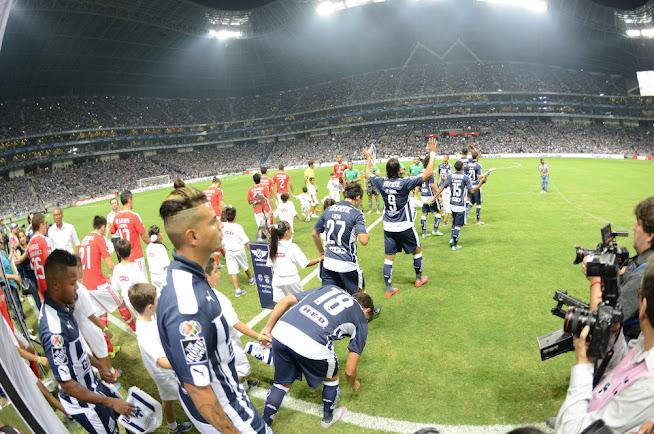 Monterrey vs. Benfica; inauguración del nuevo estadio del Club Rayados de Monterrey (02.08.15) | Ximinia