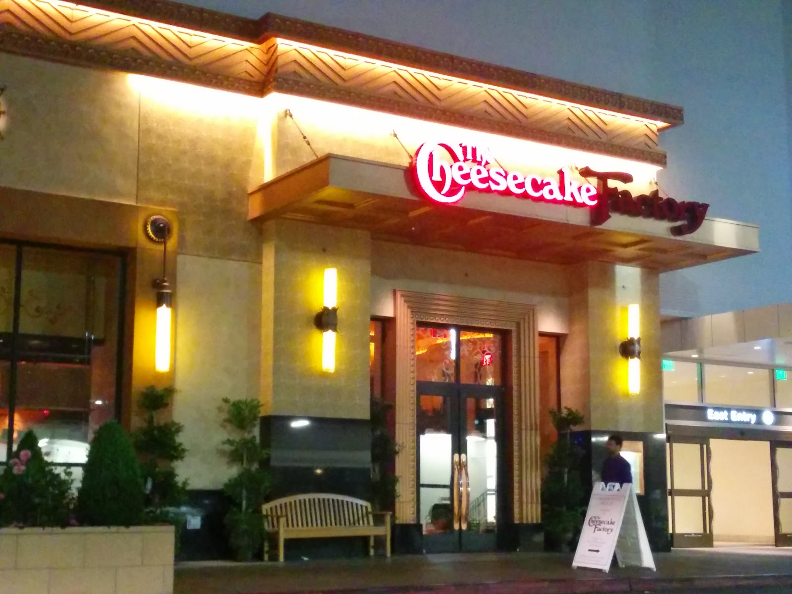 In The Us Tourist Areas Are Usually Flush With Family Restaurant Chains Where A Decent If Geneous Corporate Kitchen Designed Meal Can Be Found At An