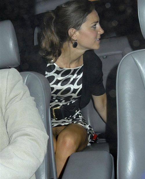 Kate Middleton No Panties Upskirt Pictures