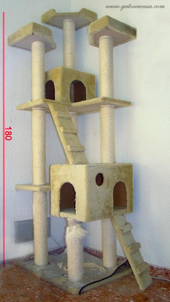 Bricogato medidas de un rbol rascador para gatos - Casas para gatos de madera ...