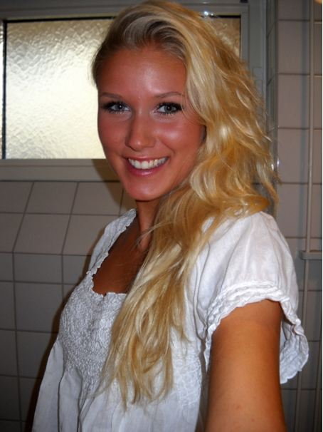 MISS UNIVERSE SWEDEN 2011 FINALIST - Signe Ahlén's Photos & Profile