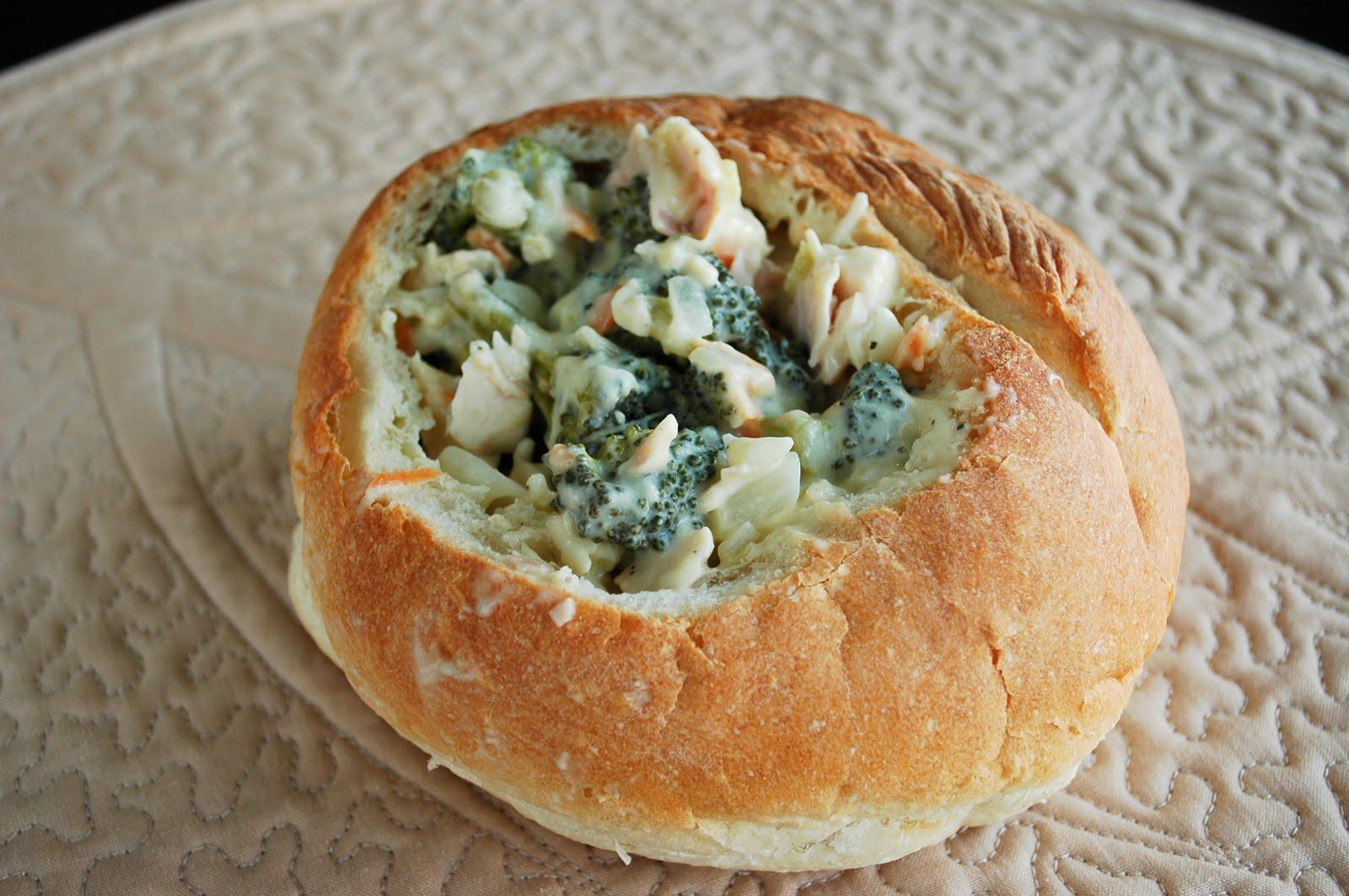 Good Thymes and Good Food: Chicken Cordon Bleu Sourdough Bread Bowls