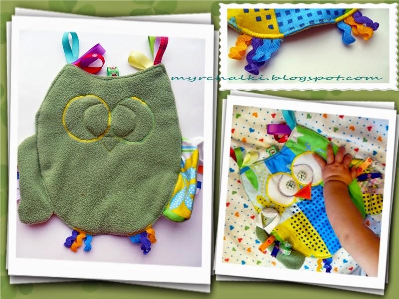 первые игрушки для малышей своими руками