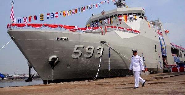 Sempat 'Berdarah-darah', BUMN Ini Kini Ekspor Kapal Perang dan Buat Kapal Selam