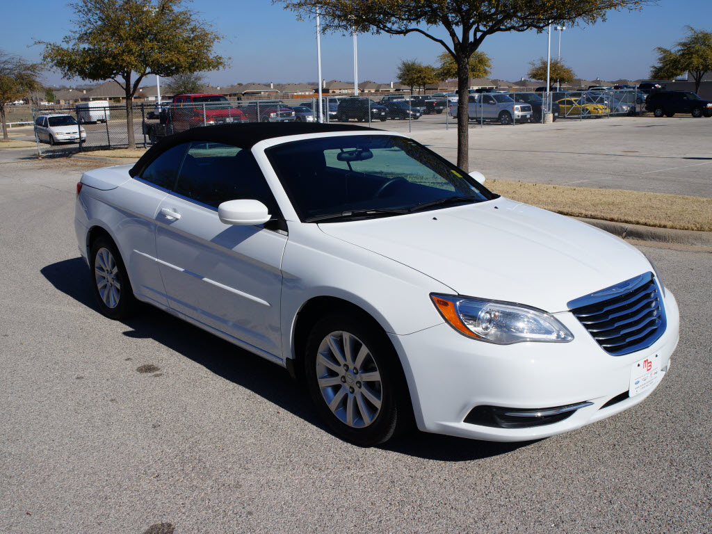 For sale used 2012 chrysler 200 convertible tdy sales 817 243 9840 www tdysales com dallas ft worth granbury tx 76049