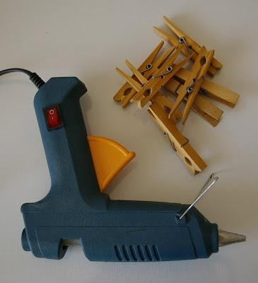 glue-gun-pegs