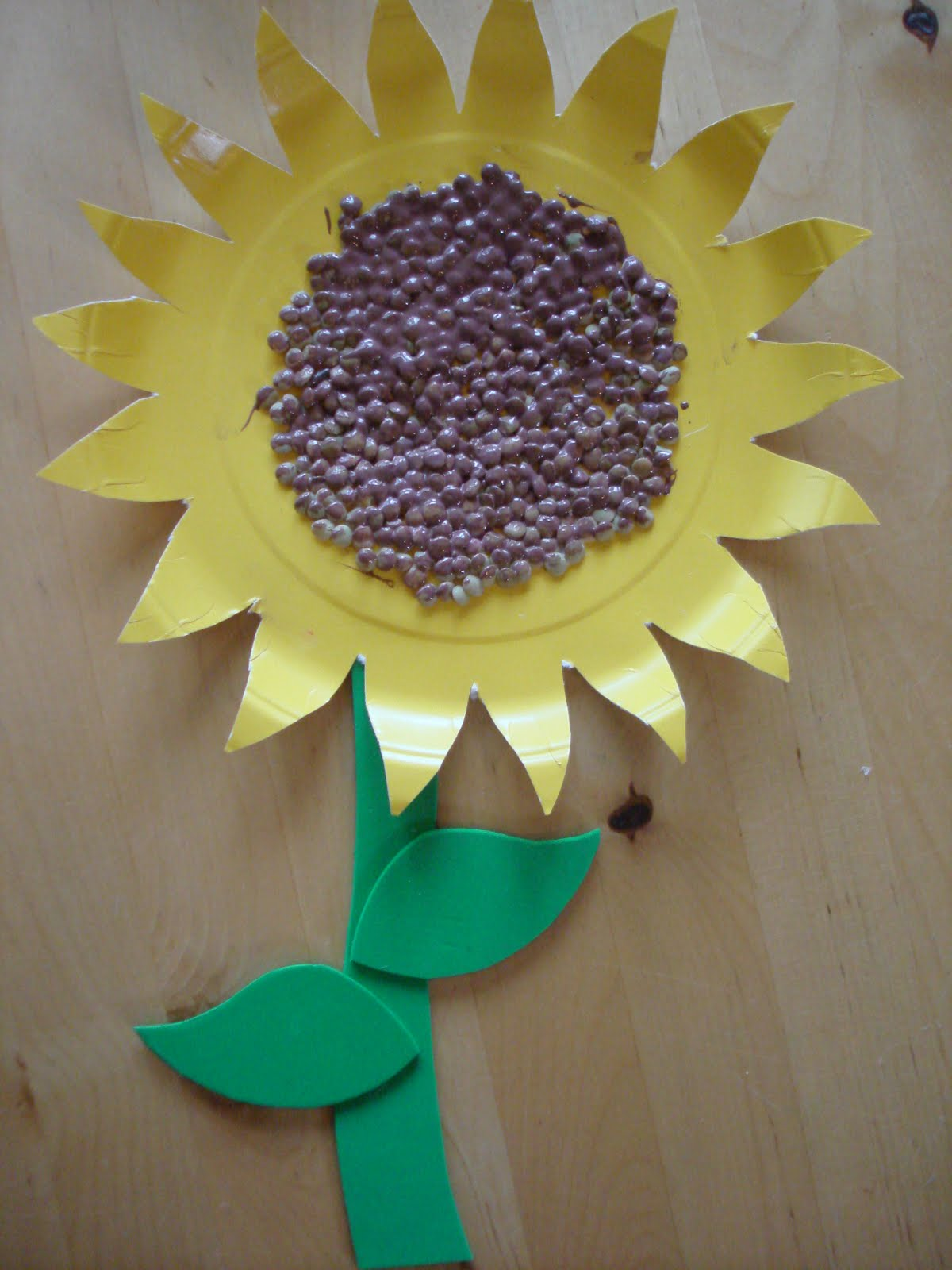 Play and learn with dana paper plate sunflower paper plate sunflower jeuxipadfo Images