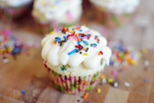 Homemade Funfetti Cupcakes l SimplyScratch.com