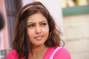 Komal Jha Glamorous Photos in Pink Top-thumbnail-6