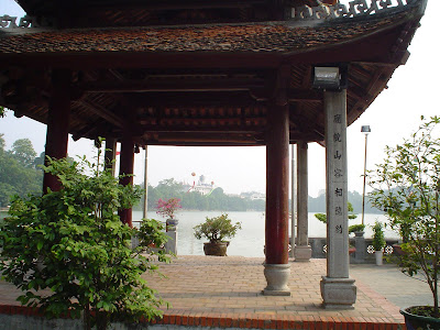 Pagode Lago Hoan Kiem, em Hanói, Vietnã