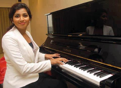 Shreya Ghoshal Cute Photos
