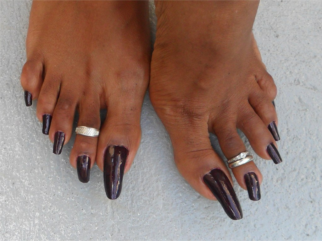 Nailpassion: Liza Long Toenails