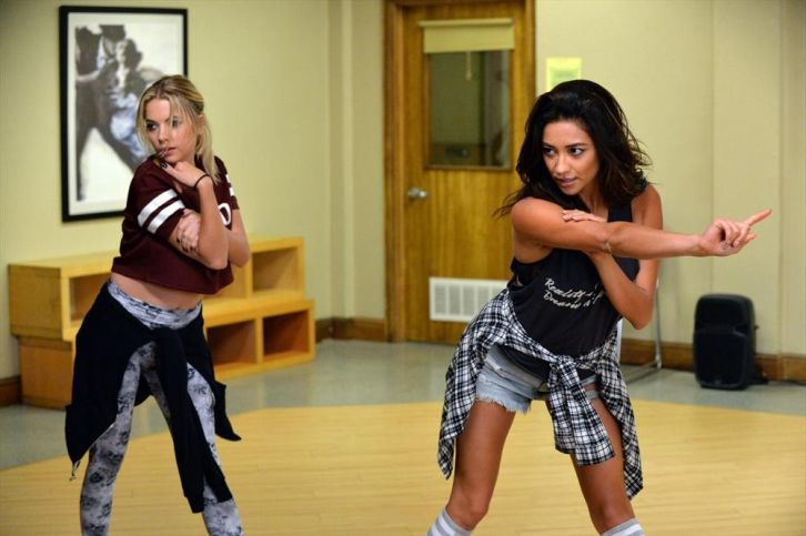 Pretty Little Liars - Episode 5.20 - Pretty Isn't The Point - Promotional Photos