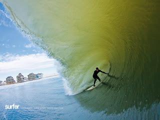 Surfing Wallpaper