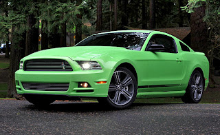 2013-Ford-Mustang-GT-Review