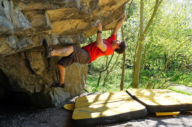 wales, bouldering, limestone, over hanging,