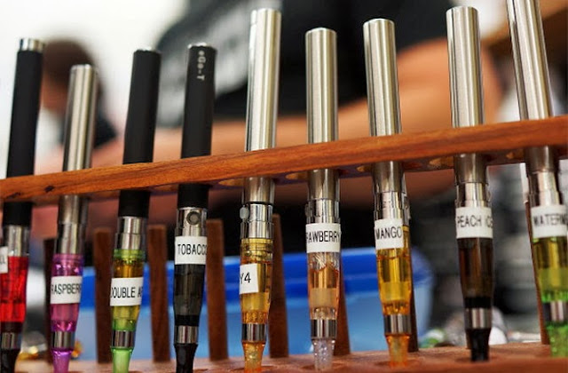 France, FDA 'Warns of Health Risks Posed by E-Cigarettes'