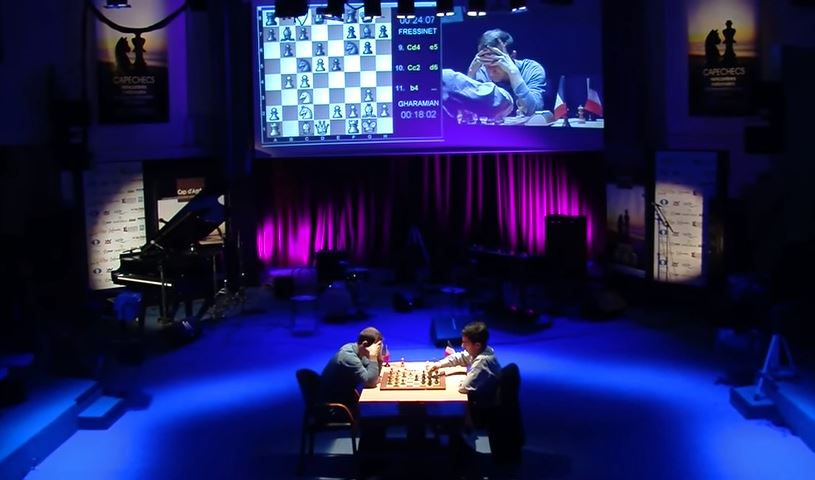 Demi-finale 1 : le duel entre les joueurs d'échecs Laurent Fressinet et Tigran Gharamian - Photo © Capechecs