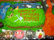Minecraft Cake and Cupcakes