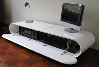 minimalist beyaz tv sehpalari 2 430x291 Yeni Sezon Televizyon  Lcd Sehpası