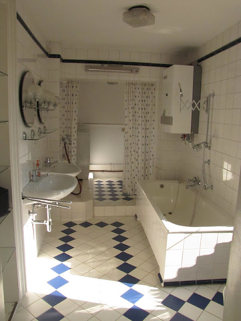 It s a typical German bathroom  but all I can think of is summer camp   Blech. We Took the Road Less Traveled  It s Flat tastic