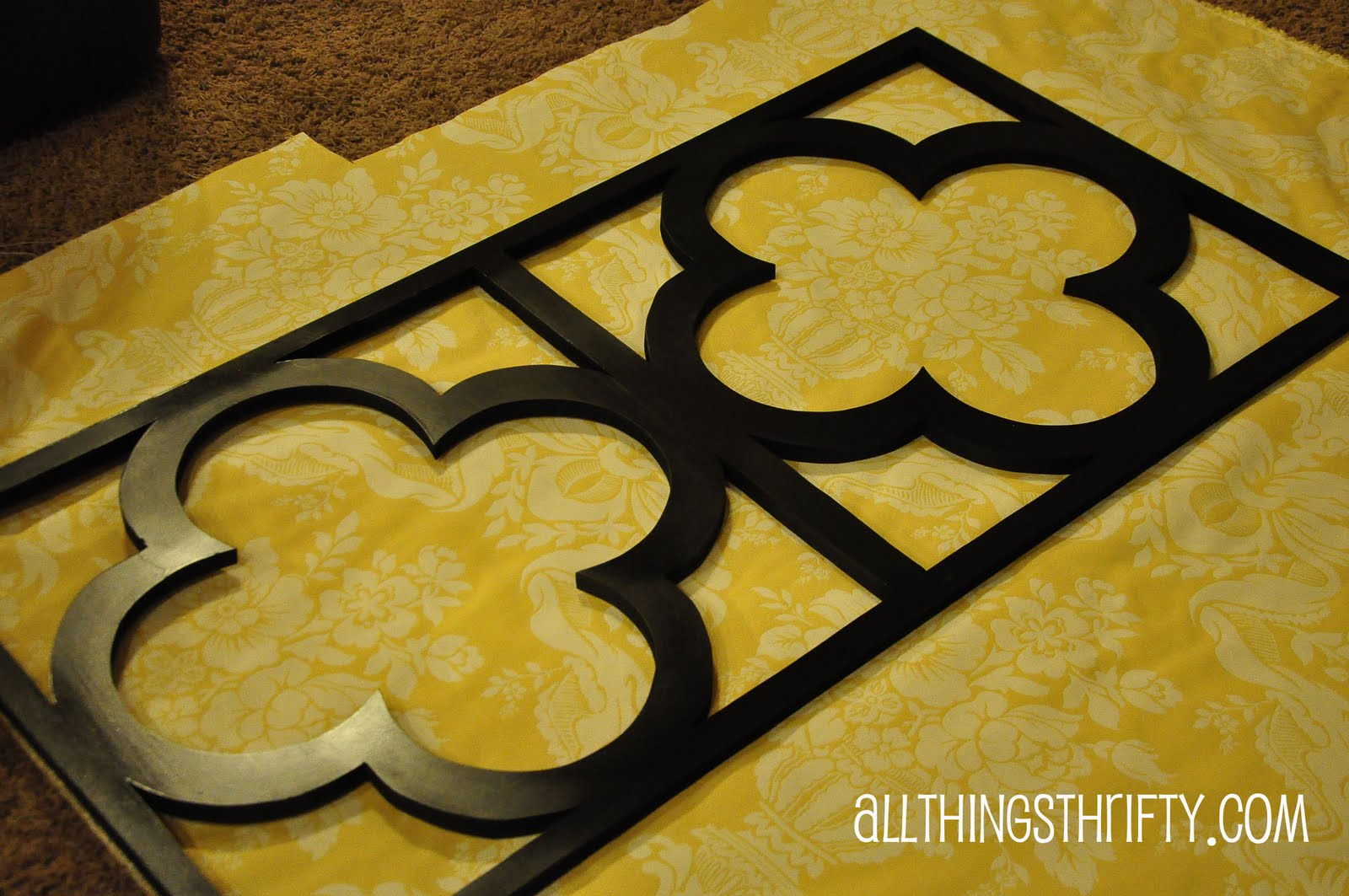 Tutorial: Quatrefoil DIY Decorative Wall Art | All Things Thrifty