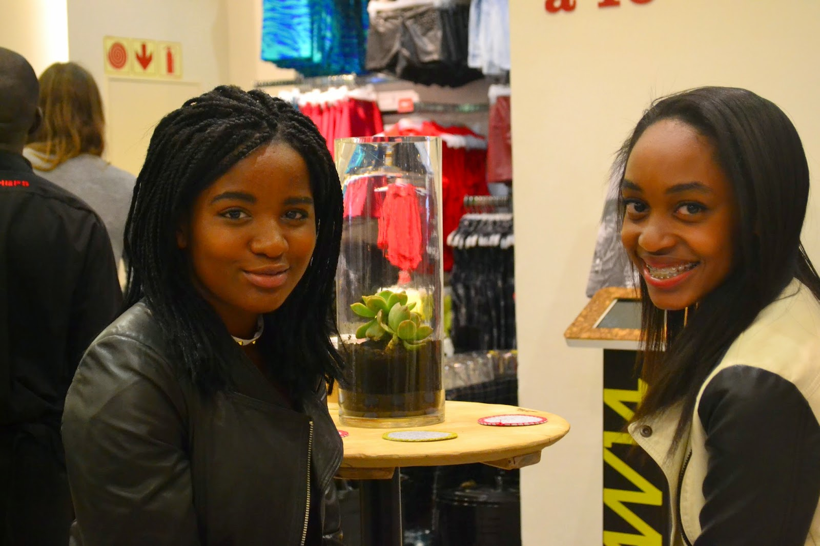 south african teen bloggers, khensani and khensani