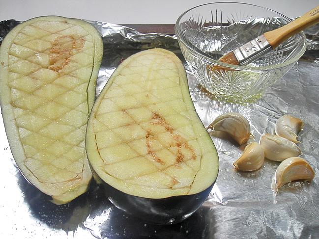 Запеченные баклажаны с йогуртом   http://www.horoshayaeda.com/