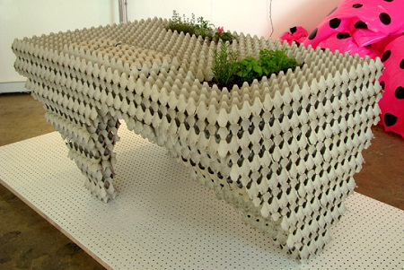 Muebles y accesorios reciclados cajas de huevos - Muebles hechos con materiales reciclados ...