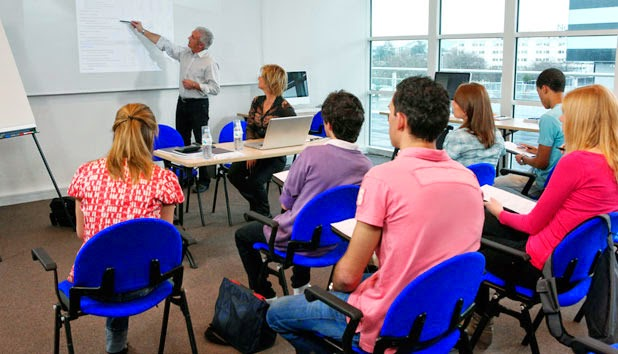 UCAS Teacher Training - How To Become A Teacher In The UK