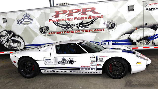 Mobil-Ford-GT-Guinness-World-Record_1