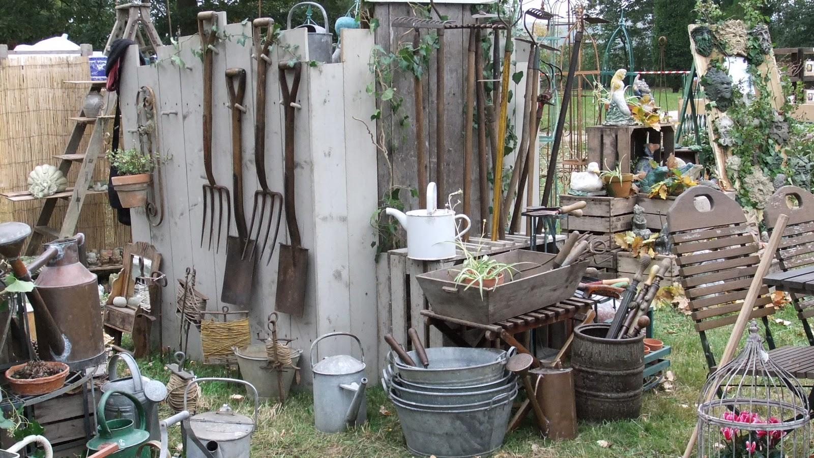 La brocante anglaise c te jardin for Sujets decoratifs pour jardin