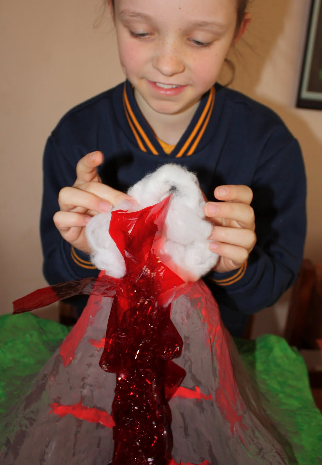 how to make a volcano for a school project