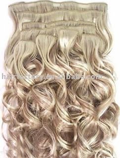 20 in. wavy hair extensions