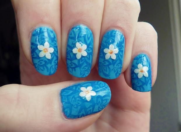 lucys nailss