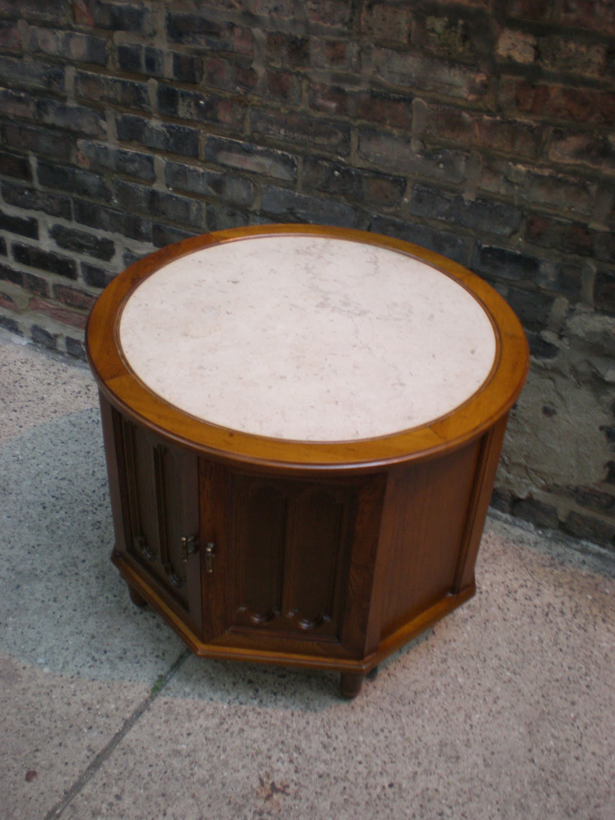 Mid Century Chicago Small Round Wood And Marble Coffee Table