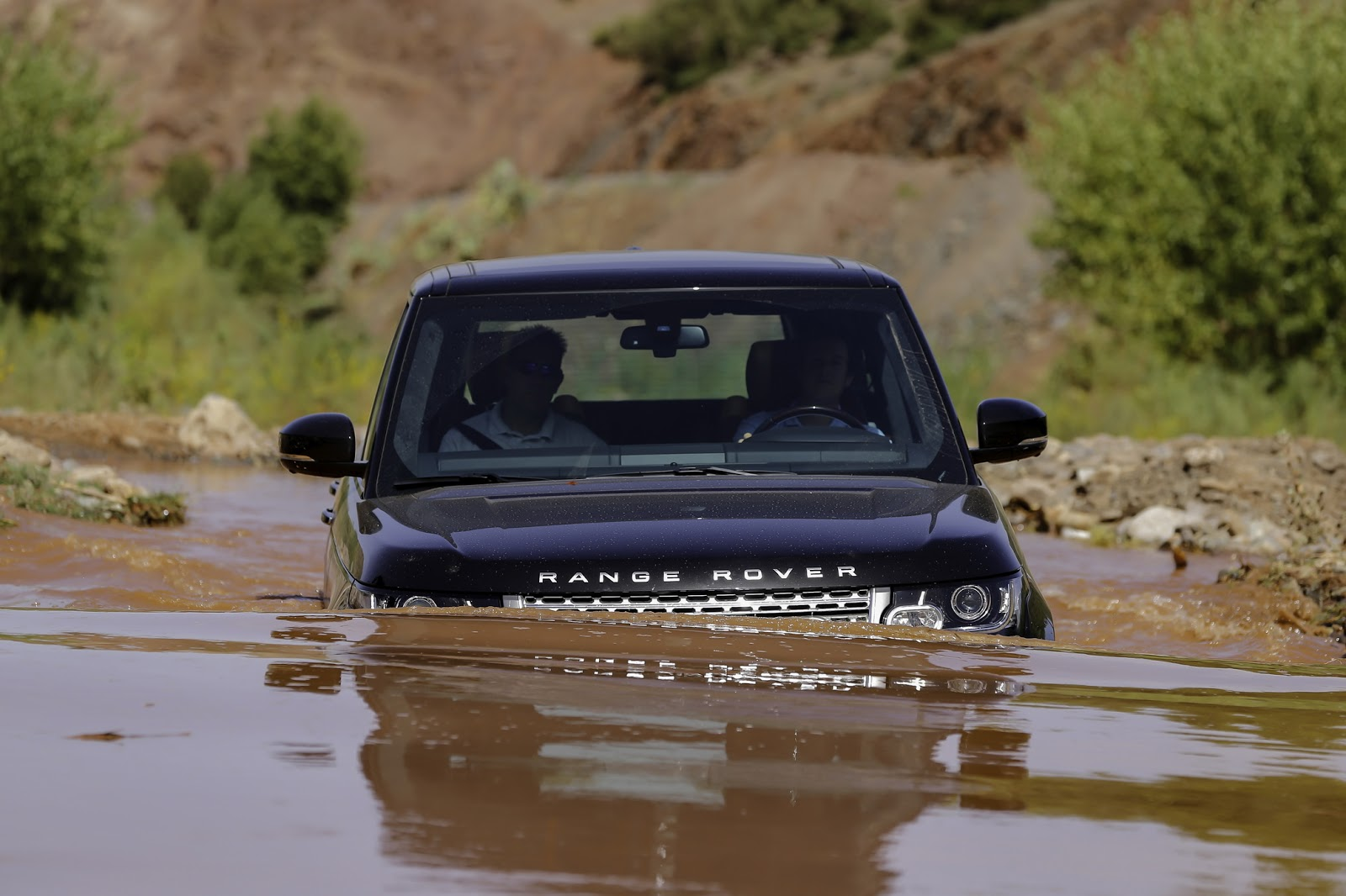 Can New Range Rover Do Off Road?