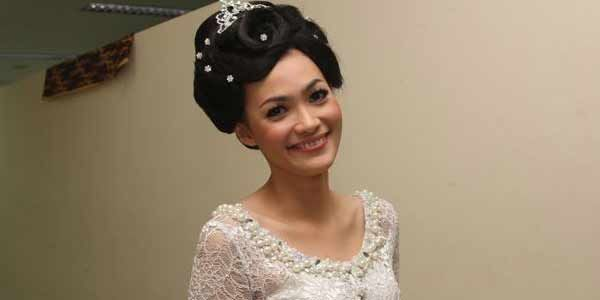 Hengky Kurniawan Sudah 3 Bulan Talak Christy Jusung [ www.BlogApaAja.com ]