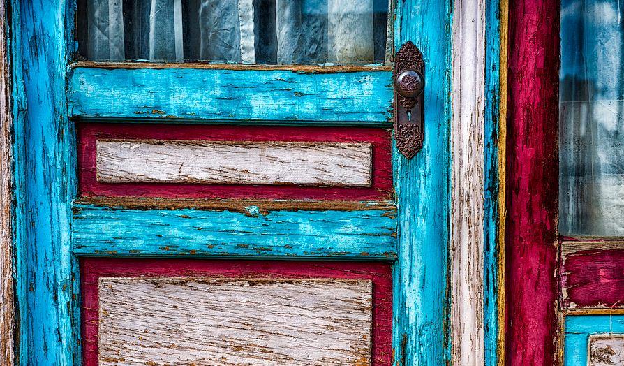Las puertas viejas for Imagenes de puertas viejas