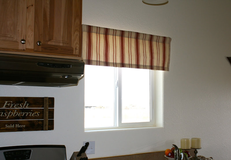 Kitchen Valance Ideas