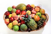 . ocasiones cuesta trabajo hacer que los niños coman frutas y verduras. comer frutas verduras