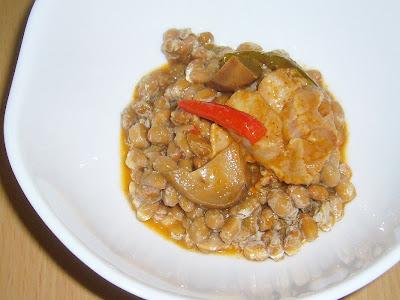 納豆にいなばトムヤムチキン