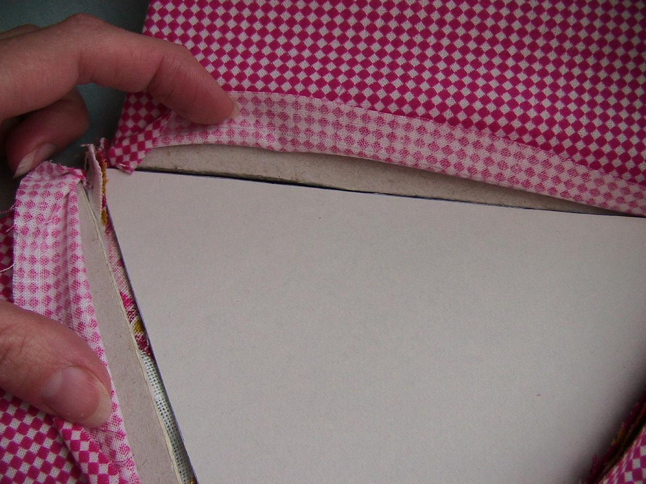 Фото как правильно сшить угол документа