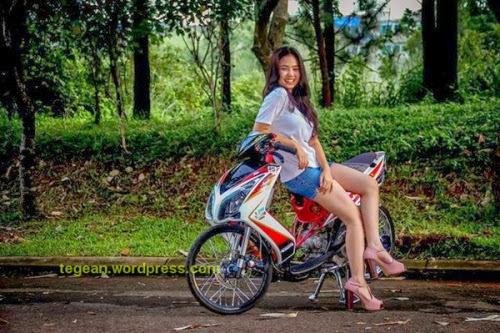 Foto Nakal ABG Cewek Cabe-Cabean