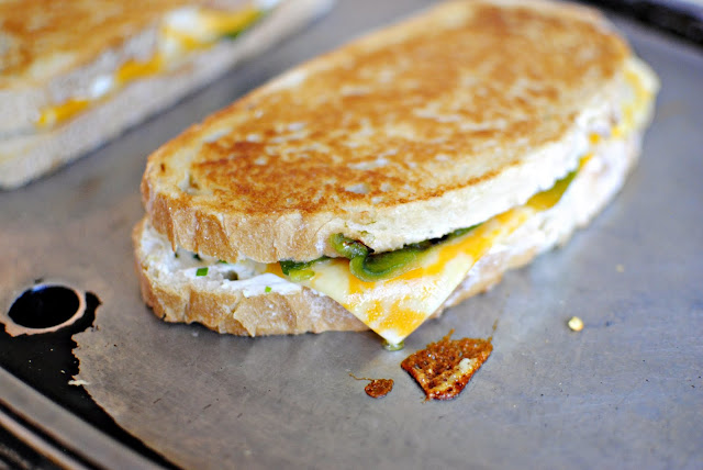 Jalapeño Popper Grilled Cheese l SimplyScratch.com