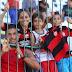 """Crianças lotam treino do Flamengo em Natal: """"Parecem mágicos"""""""