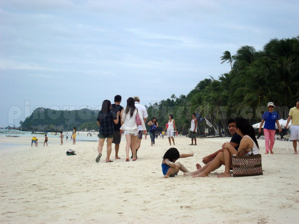 These are my first sight of the beach welcome to boracay