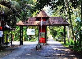 Pintu Tol Gate Pantai Batu Hiu