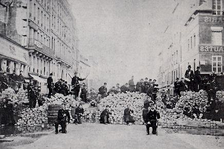 La commune de Paris 1871 FRANCE5 Lundi histoire CommunebarricadeCharonne